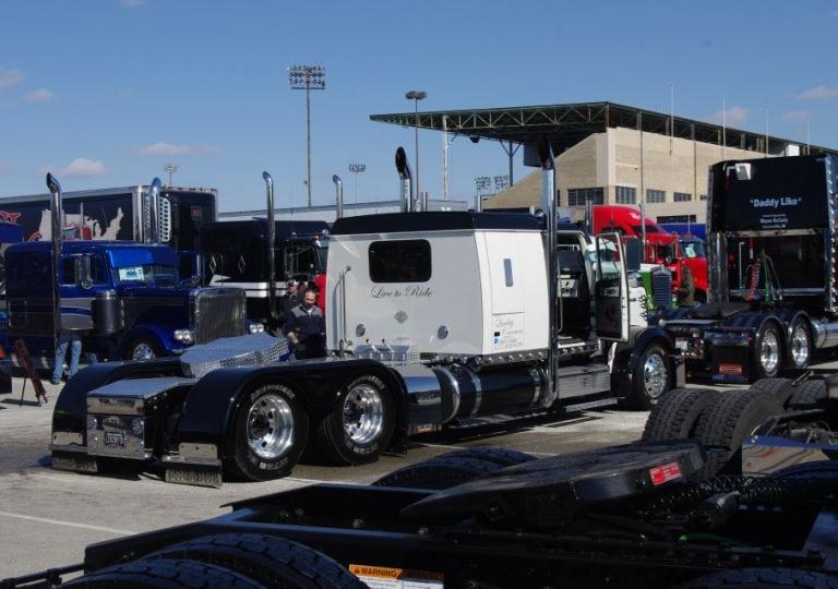 2013 - Mid America Truck Show